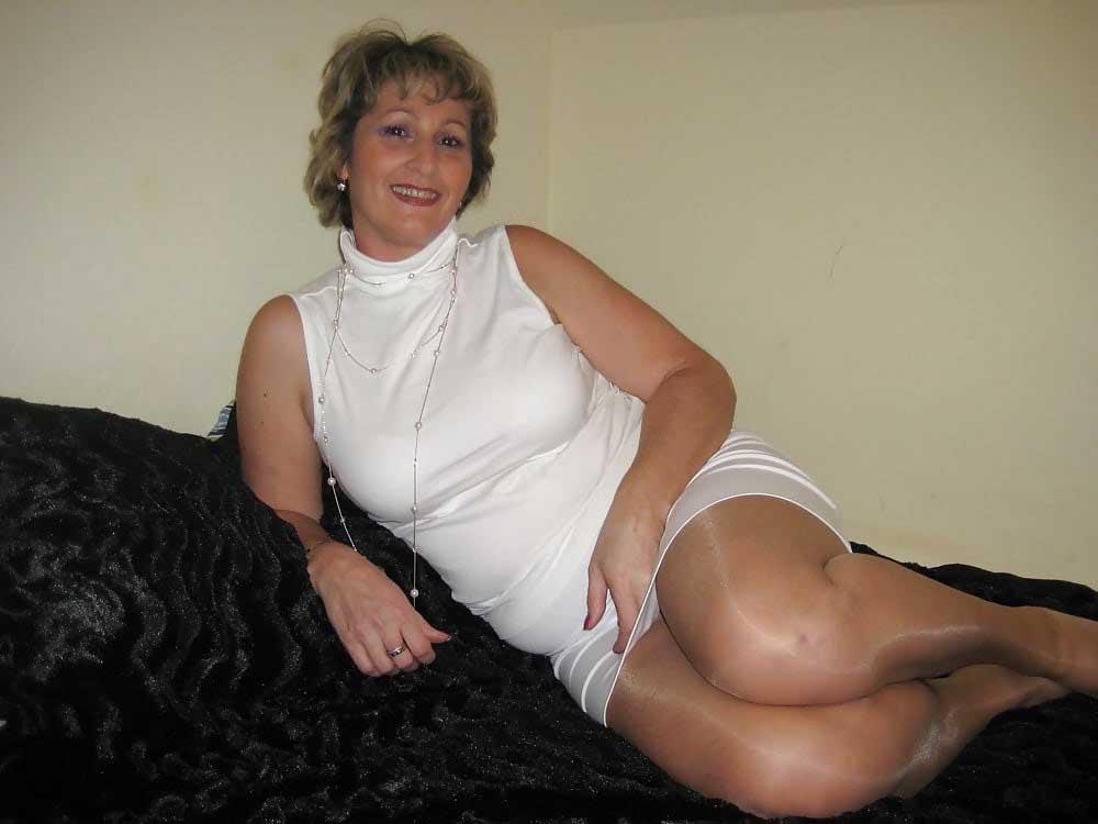 Profesoara de romana online dating
